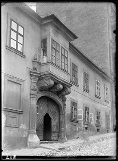 Budapest. 1. kerület. Pala utca 8. 1931  Kinszki Imre