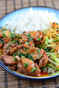 Slimming Eats Thai Spiced Chicken - gluten free, dairy free, Slimming World (SP) and Weight Watchers friendly Slimming World Dinners, Slimming World Recipes Syn Free, Slimming World Diet, Slimming Eats, Healthy Eating Recipes, Delicious Vegan Recipes, Healthy Cooking, Cooking Recipes, Healthy Dinners
