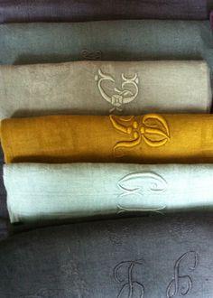 — vintage linen napkins