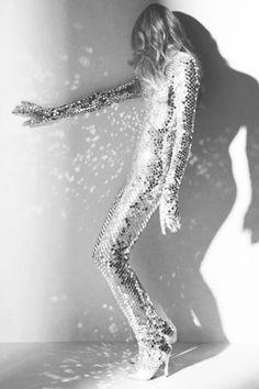 Funky Premise One: Golden Legs. 1. gold cord Ginger, Closet Case Files 2. gold denim Moss, Grainline Studio 3. gold blue Ginger, Closet Case Files 4. velvet Espresso leggings, Cake Patterns 5. gold silk Chardon, Deer & Doe; that or Burda Easy Pattern TNT pattern