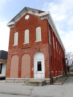 """This commercial building on Mulberry St. in Westport has been vacant for many years. It was built in 1875 after the Main Street store was destroyed by fire. The McCullough family operated this store for three generations. It was rated """"outstanding"""" by Indiana Landmarks."""