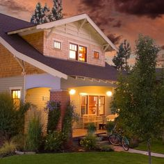Craftsman style bungalows are my favorite style of home.