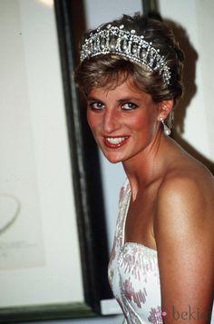 April, 1991: Prince Charles & Princess Diana attend a banquet at the…