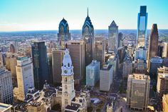 The 2014 Great 12-Hour Tour takes you on a day-long exploration of the city from river to river, led by experts from the Association of Philadelphia Tour Guides. (Photo by B. Krist for Visit Philadelphia)