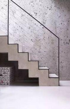 Neue Architektur - Die Architektinnen Lisa Hautum und Kristin Leonard haben in München in zweiter Reihe ein Haus für Hautums Eltern gebaut.