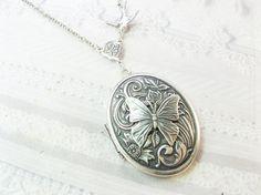 Silver Locket Necklace  Silver Woodland Wildflower by birdzNbeez, $28.00