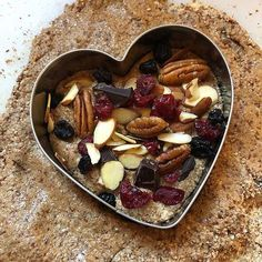 Healthy Heart Snacks made with delicious Chocolate Whey Protein powder! Whey Protein Recipes, Protein Foods, Healthy Recipes, Chocolate Chip Recipes, Chocolate Chips, Whey Protein Powder, Healthy Heart, Potato Skins, No Cook Desserts