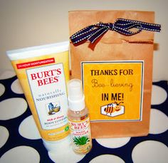 Thanks for Bee-lieving in me! Creative Party Ideas by Cheryl: End of the Year Teacher's Gift Ideas Bee Teacher Gifts, Teacher Treats, Bee Gifts, Student Gifts, Cute Teacher Gifts End Of Year, Tracher Gifts, Teacher Stuff, Mentor Teacher Gifts, Teacher Helper