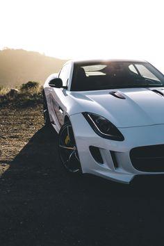 http://www.thegentlemanracer.com/search/label/Jaguar