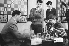 Bobby Fischer plays Paul Keres, 1959.