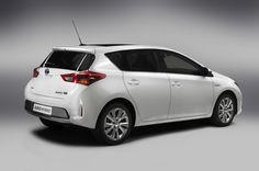 Toyota Auris y Auris ST 201312