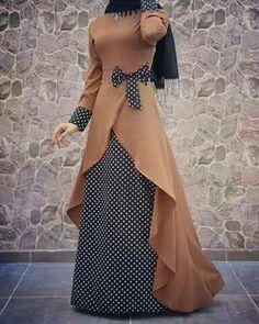 New dress hijab chiffon muslim ideas Islamic Fashion, Muslim Fashion, Modest Fashion, Fashion Dresses, Mode Abaya, Mode Hijab, Cooler Look, Muslim Dress, Abaya Fashion