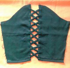 Kurti Sleeves Design, Sleeves Designs For Dresses, Fancy Blouse Designs, Dress Neck Designs, Blouse Neck Designs, Sleeve Designs, Designer Blouse Patterns, Dress Sewing Patterns, Salwar Kameez