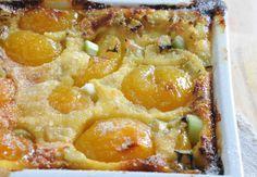 Clafoutis aux abricots et à la rhubarbeVoir la recette du Clafoutis aux abricots et à la rhubarbe >>