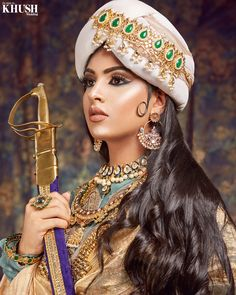 #tamybmakeup recreates the iconic #nurjahan makeup look! Isn't it stunning. • Outfit/turban: @OnitaaLondon  Jewellery: @RedDotJewels 