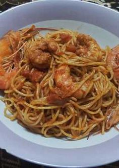 Greek Recipes, Pasta Dishes, Spaghetti, Ethnic Recipes, Food, Essen, Greek Food Recipes, Meals, Yemek