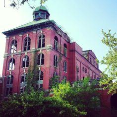 Abandoned building , so creepy