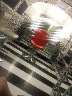 Salon on wheels!!