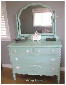 Vintage Breeze 1930 S Dresser With Mirror