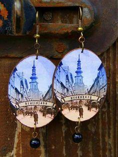 Retro Bijou original hand made souvenir - www.facebook.com/RetroBijou Wooden earings with historical motifs of the Bratislava