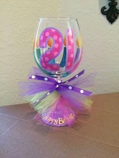 Cristal de color rosa y púrpura vino 21 por flybuttercreations