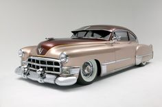 *Vintage car swoon!* A gorgeously painted 1949 Cadillac. #vintage #1940s #cars