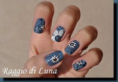 Raggio di Luna Nails: Born Pretty Store review: Stamping plate Y008 - White flowers on blue