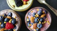 9 Easy Summer Smoothie Recipes That Are A Vacation In A Glass Nutritious Smoothies, Healthy Green Smoothies, Easy Smoothies, Fruit Smoothies, Smoothie Packs, Smoothie Recipes, Healthy Meals For Two, Healthy Snacks, Desserts Sains