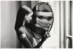 Dr Heisenberg's Magic Mirror of Uncertainty, 1998