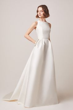 Jesus Peiro style 123 modern wedding dress with bodice neckline, fitted bodice, a line skirt and jewel encrusted pockets. Wedding Suits, Wedding Gowns, Saree Wedding, Wedding Rings, Jesus Peiro, Bridal Dresses, Bridesmaid Dresses, Simple Gowns, Alternative Wedding Dresses