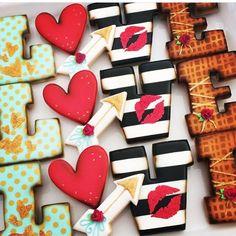 Valentines Day cookies ❤  @sugarblisscookies