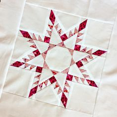 """350 Likes, 18 Comments - Tara J Curtis WEFTY Needle (@t_jaye) on Instagram: """"I am IN LOVE with this free block pattern, the #noyseamfeatheredstar from @threadedquilting 🔥⭐️🔥…"""""""