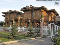 Turkish Architecture, Urban Architecture, Ankara, Mansions For Sale, Old Building, Istanbul Turkey, Traditional House, House Tours, National Parks