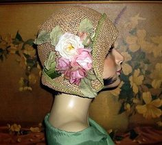 Pretty Summer Straw~CLOCHE COUTURE~1920s Vintage Flair Flapper Hat.