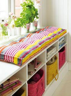 opbergsysteem/zitruimte, met andere kleuren perfect voor jongenskamer