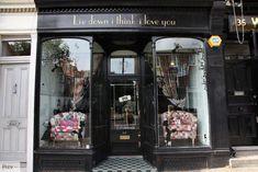 VINTAGE & CHIC: decoración vintage para tu casa · vintage home decor: Una tienda de bolsos con mucho encanto [] A charming handbag shop