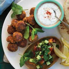 Falafel is a popular, flavourful vegetarian dish that is quick to make, especially with the help of a food processor! We like them in pita pockets with salad and a generous spoonful of Yoghurt and Mint Dressing. A Food, Good Food, Pita Pockets, Falafels, Fresh Mint Leaves, Smoked Paprika, Meals For The Week, Cooking Time, Food Processor Recipes