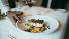in unserem 5 Sterne Luxushotel in Tirol wird Frische und Regionalität groß geschrieben. Bereit für einzigartige #genussmomente? Buffet, Risotto, Dinner, Ethnic Recipes, Gourmet, Fresh, Food Food, Dining, Buffets