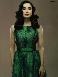 Dita in #emerald
