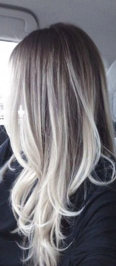 48 Beautiful Platinum Blonde Balayages for Summer Platinum Blonde Balayage. 48 Beautiful Platinum Blonde B. Grey Balayage, Balayage Hair Blonde, Balayage Highlights, Undercut Hairstyles, Hairstyles With Bangs, Platinum Blonde Highlights, Latest Hair Color, Platinum Blonde Hair, Dark Hair