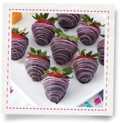 Monster High™ Dipped Strawberries How-To - Party City James Music, Seasonal Celebration, Strawberry Dip, Mini Cupcakes, Party Themes, Dips, Dipped Strawberries, Food And Drink, Birthday