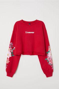 Girls Fashion Clothes, Teen Fashion Outfits, Stylish Hoodies, Printed Sweatshirts, Cute Casual Outfits, Stylish Dresses, Alternative Fashion, Cute Shirts, Jumper