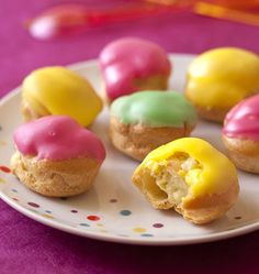 mini choux filled with crème pâtissière with vanilla and colourful fondant