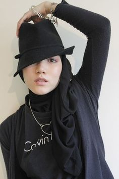How-to-wear-hijab-fashion-with-hat-ideas-for-stylish-women-11.jpg (333×500)