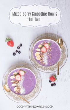 Mixed Berry Smoothie Bowl for Two!