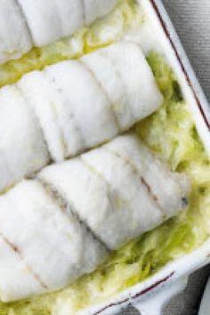 Rødspættefilet på flødestuvede porrer   Femina Fish Dishes, Fish And Seafood, Tapas, Smoothie, Recipies, Food And Drink, Dinner, Diabetes, Smoothies