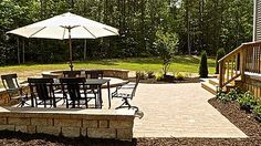 At Oak Valley Landscape and Hardscape, we design custom patios, walkways and driveways which are both aesthetically pleasing and functional for your outdoor activities and entertaining.  Utilizing modern paving materials including decorative precast pavers, natural stone and concrete, we create outdoor living spaces which compliment existing site features and reflect your personality and good taste.