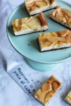 Citroen cheesecake bars | Met lemon curd en bastognebodem | Taste Our Joy!