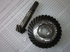 84.50$  Watch here - http://aliwrg.worldwells.pw/go.php?t=32735112793 - JINMA 184 254 set of spiral bevel gear and shaft for front axle, part number: 184.31.185 and 184.31.241