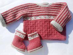 pull brassière et chaussons 3 mois tricotés main modèle